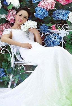 养眼美女模特婚纱照写