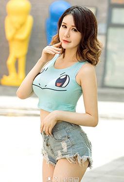 尤果网牛仔裤美女颜爱泽美腿写真