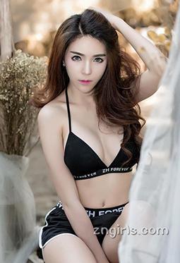 性感美女车模Janet丰满美胸诱惑照
