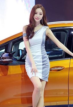 优雅美丽的韩国车模郑恩惠高清图片大全